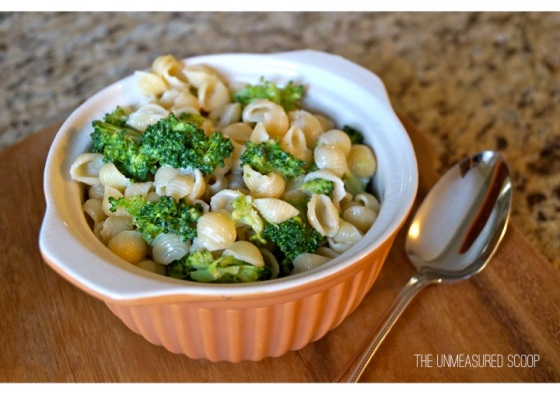White Cheddar Broccoli Mac & Cheese