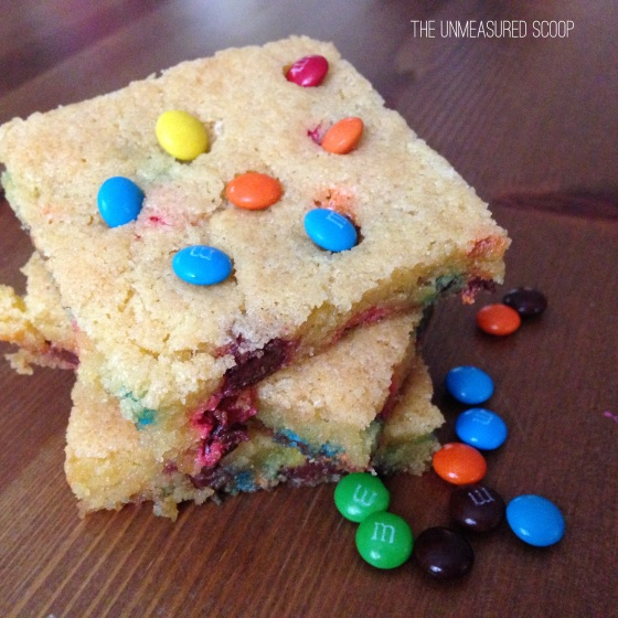 One-Bowl M&M Cookie Bar (w/ coconut oil)